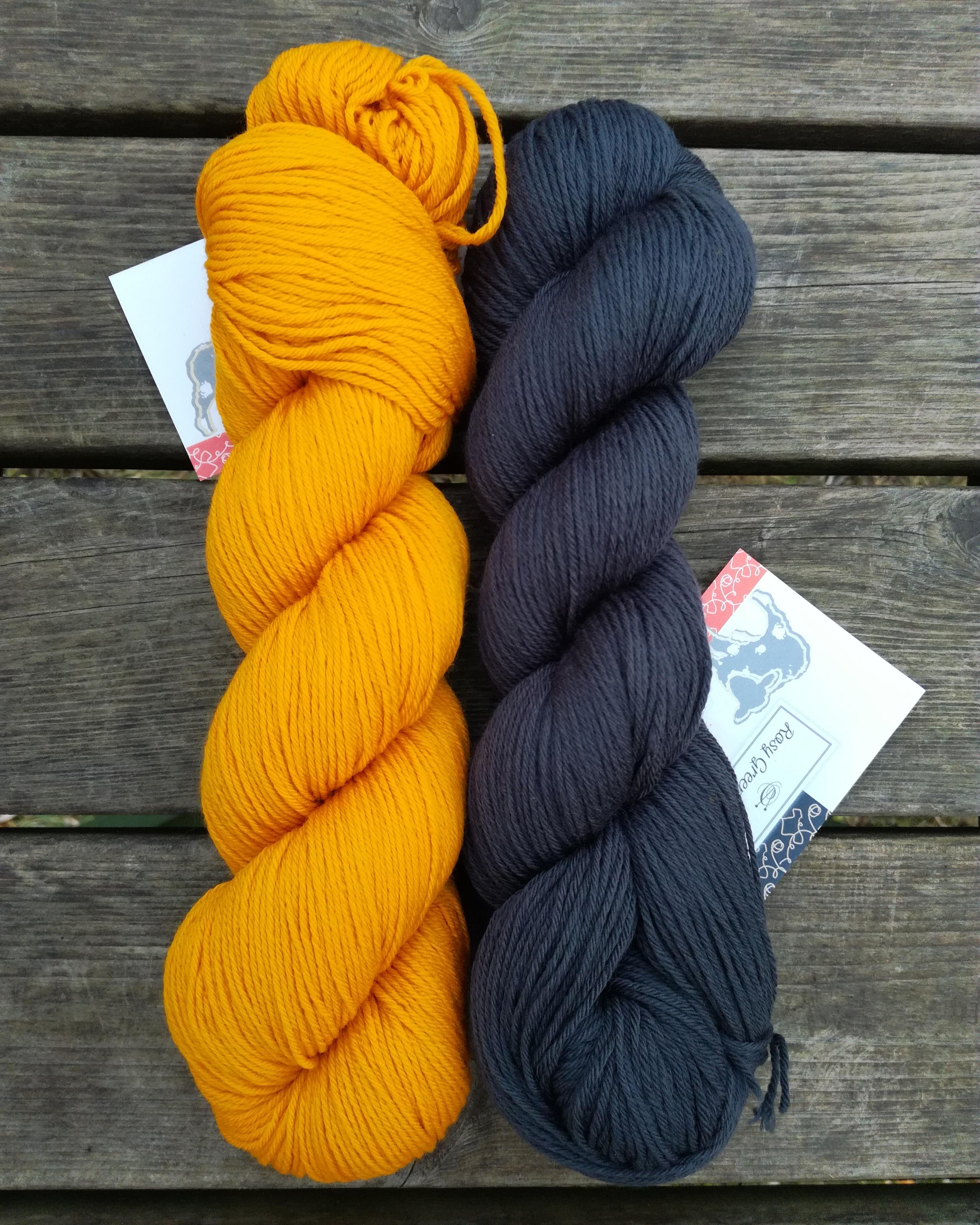 Rosy Green Wool Cheeky Merino Joy Sunflower ja Cornish Slate