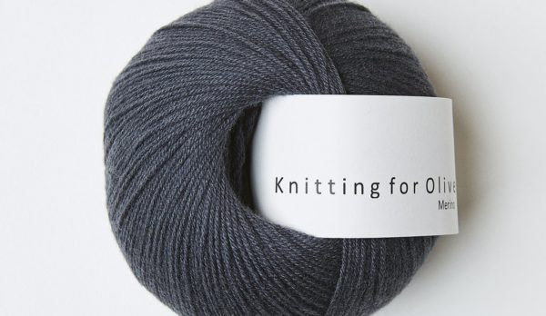Knitting_for_olive_merino_dark gray