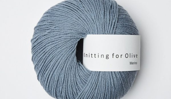 Knitting_for_olive_merino_dusty_dove_blue