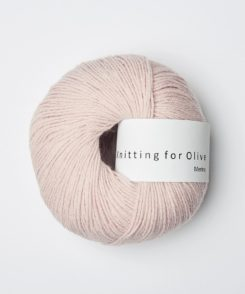Knitting_for_olive_merino_soft_rose