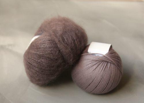 Krea Deluxe Organic Cotton värissä 44, Knitting for Olive Soft Silk Mohair värissä Plum Clay